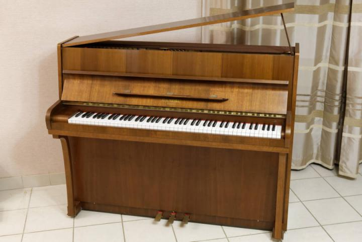 Piano droit RAMEAU Paris + si\u00e8ge