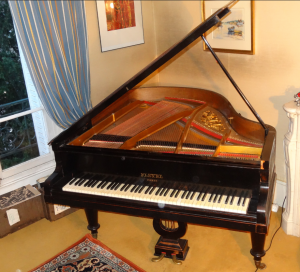 Piano Pleyel quart de queue en bois noir - c. 1916